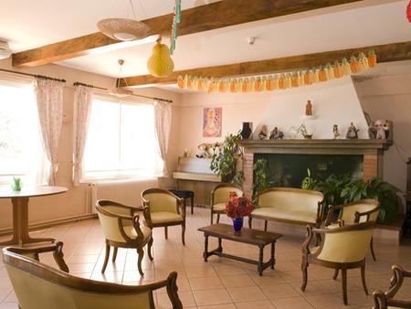 R sidence la provence votre maison de retraite allauch - Restauration scolaire salon de provence ...